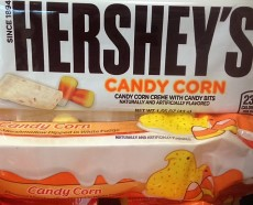 chocolate-bar-with-candy-corn-1