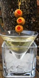 martini-with-olive-garnish