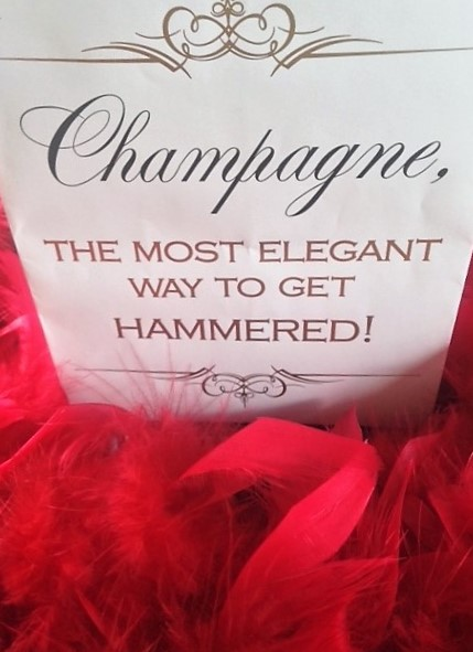 champagne-sign