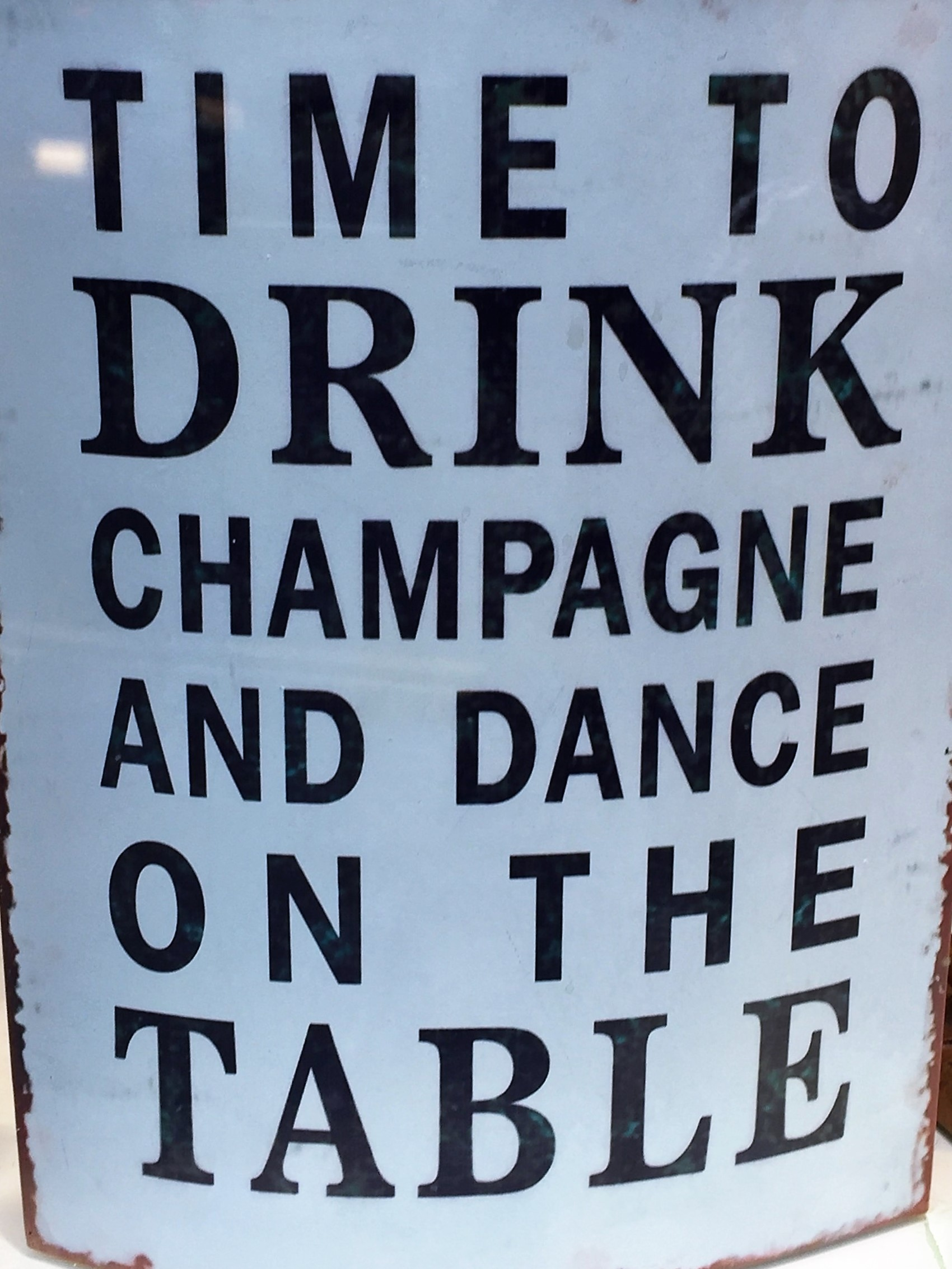 champagne sign dance