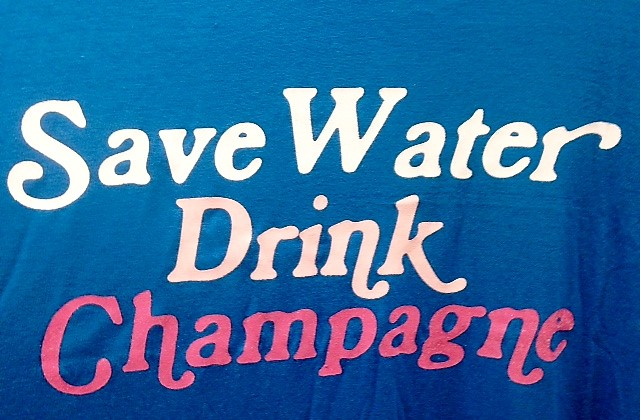 drink champagne sign