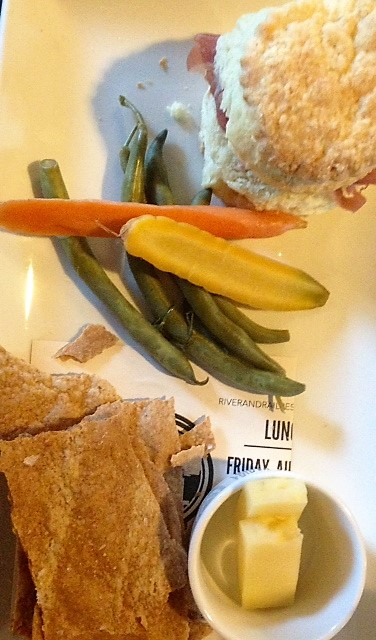 snack plate r and r