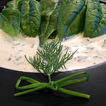 buttermilk dressing spinach