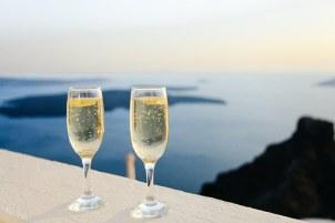 sparkling-wine-1030754__340